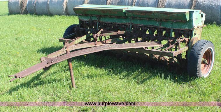 John Deere FB-A VanBrunt drill | no-reserve auction on ...