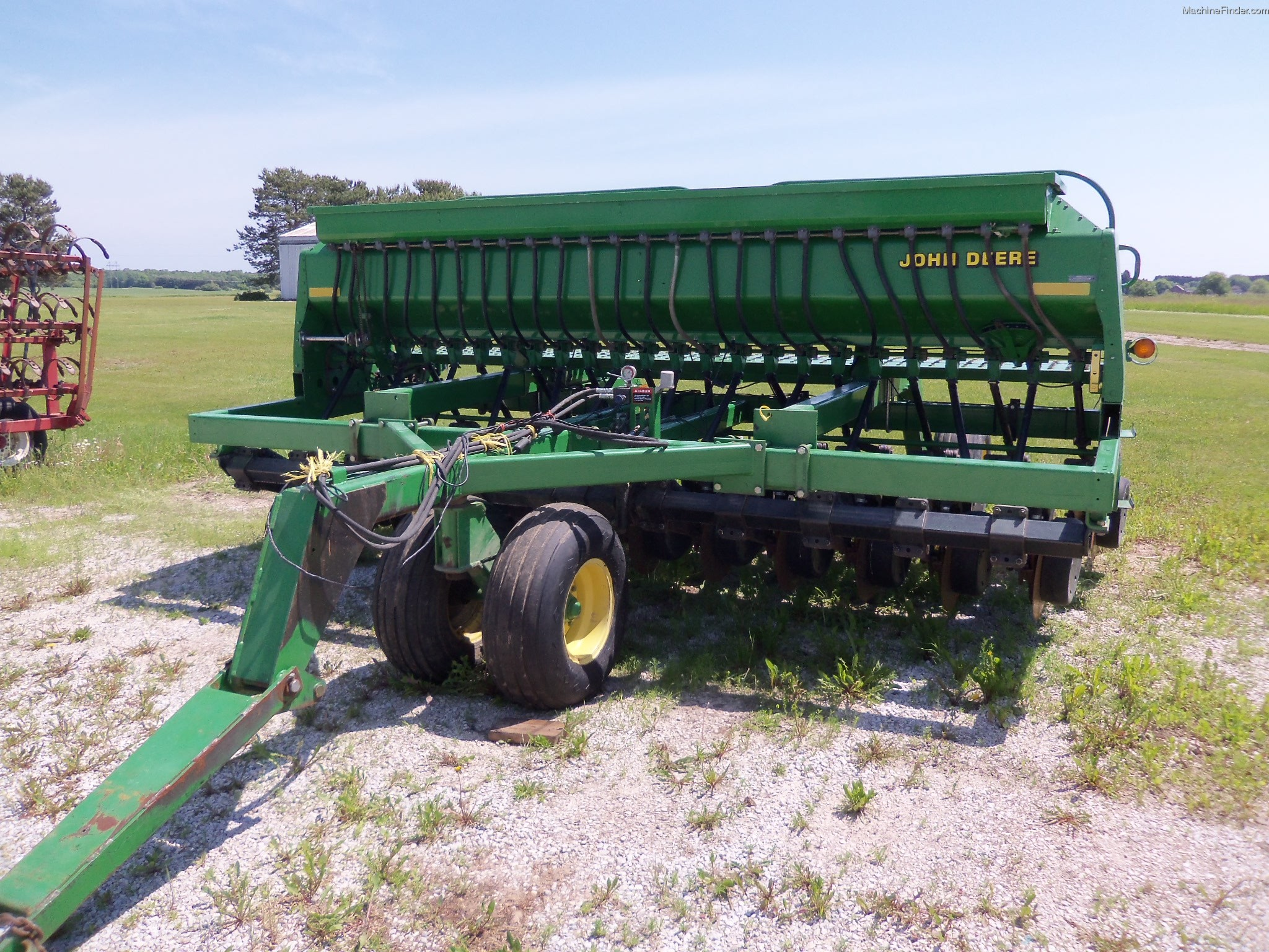 2000 John Deere 1560 Planting & Seeding - Box Drills ...