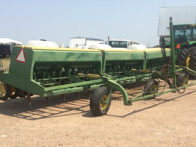30' John Deere 9300 Hoe Drill - Nex-Tech Classifieds