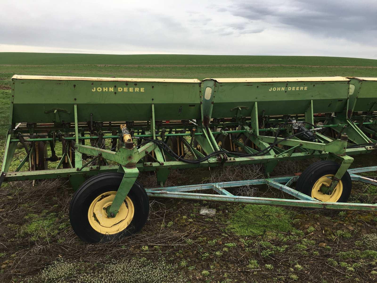 John Deere HZ 616 Drill - 48'