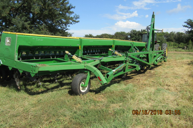 John Deere Hoe Drill - Hansen Auction and Realty