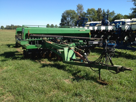 1996 John Deere 2-750 DRILLS W/HITCH Planting & Seeding ...