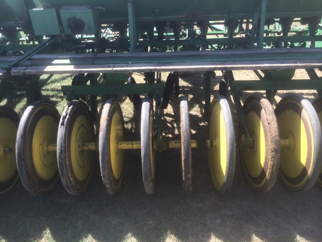 John Deere LZ 1010 Hoe Drill - Pioneer Classifieds