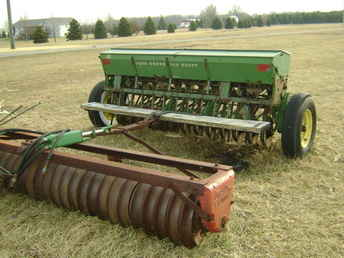 Used Farm Tractors for Sale: John Deere Grain Drill (2009 ...