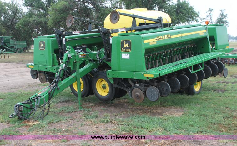 2004 John Deere 455 grain drill | no-reserve auction on ...