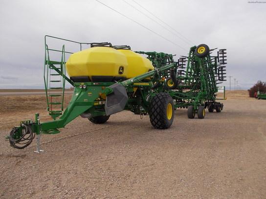 2013 John Deere 1830 Planting & Seeding - Air Drills ...