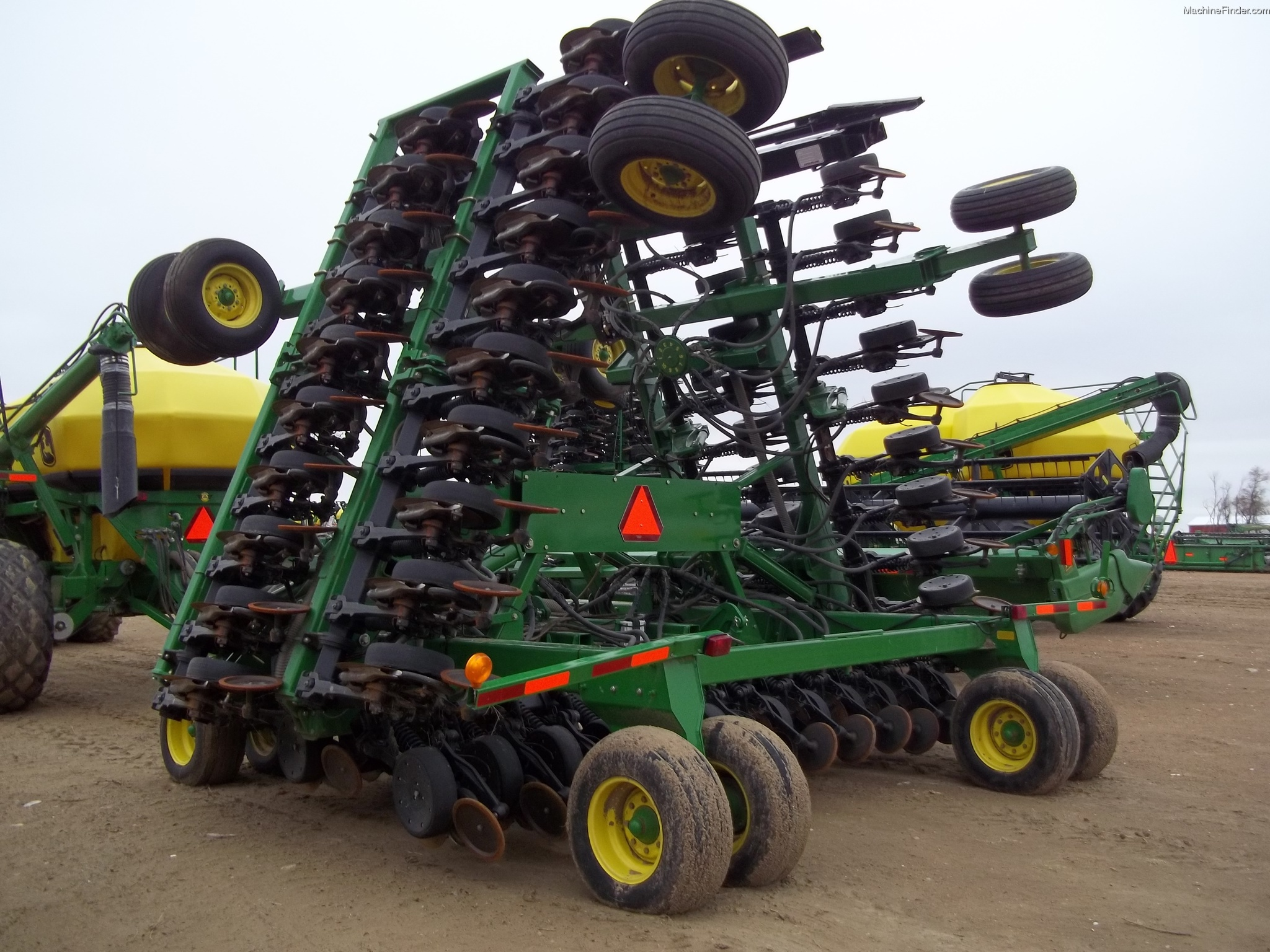 John Deere 1890 Planting & Seeding - Air Drills & Seeders ...
