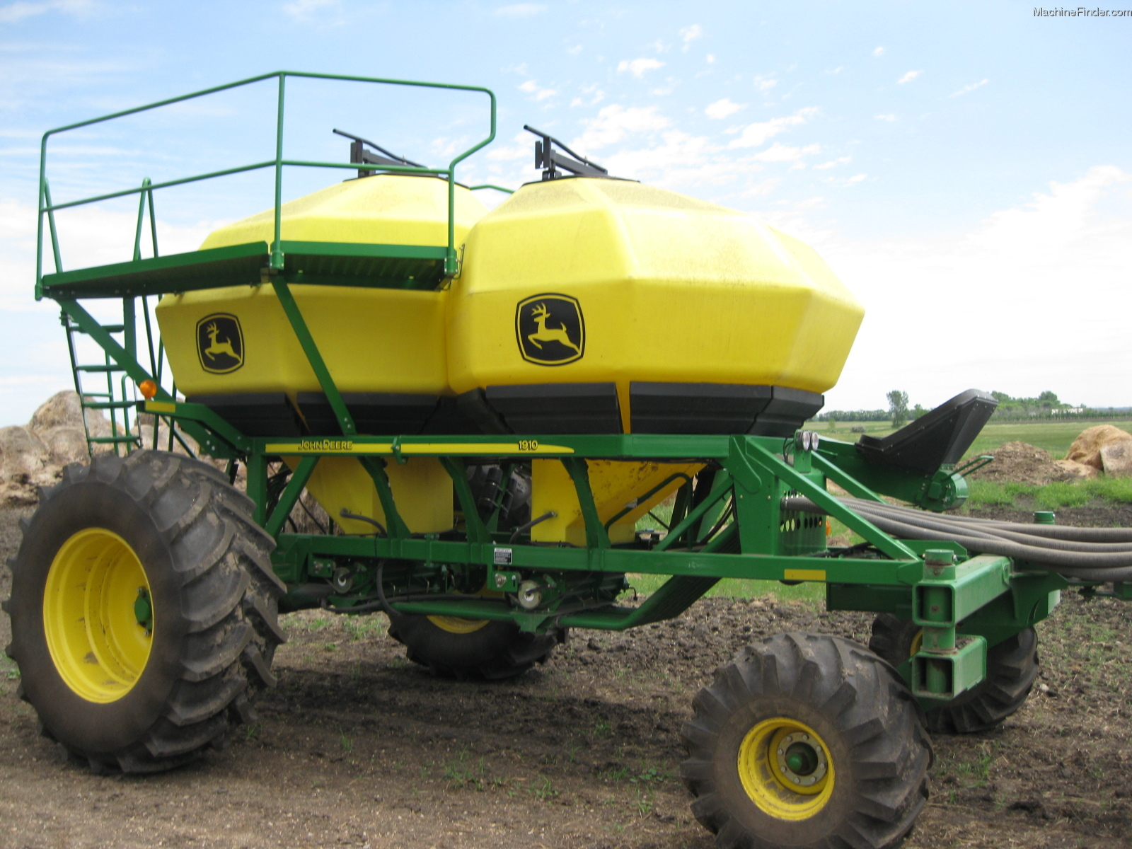 2012 John Deere 1890 Planting & Seeding - Air Drills ...