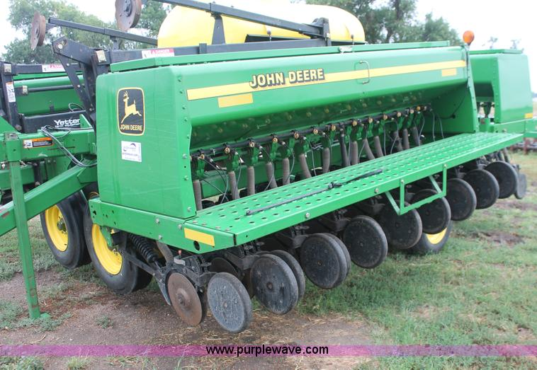 2004 John Deere 455 grain drill | no-reserve auction on ...