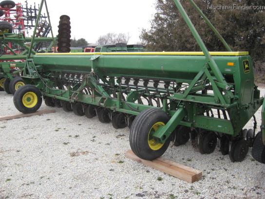 John Deere 520 Planting & Seeding - Box Drills - John ...
