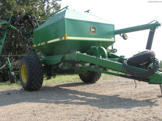 John Deere 610 Planting & Seeding - Air Drills & Seeders ...