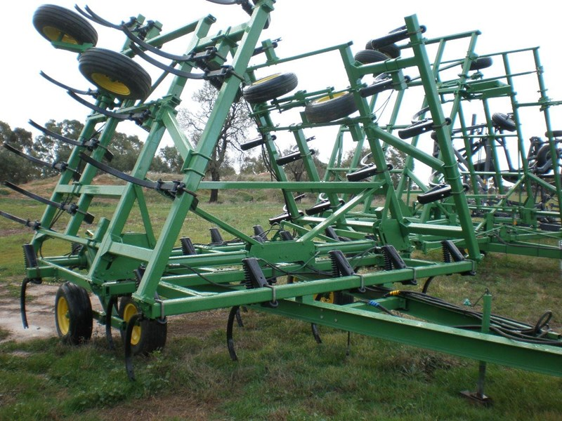JOHN DEERE 610 for sale | Trade Earthmovers, Australia