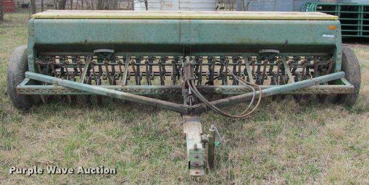 John Deere 8000 grain drill For Sale | Saint Paul, KS ...
