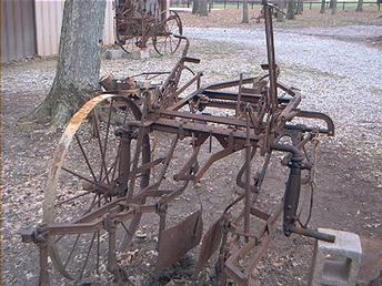 Antique Tractors - Identify Horse Drawn Cultivator