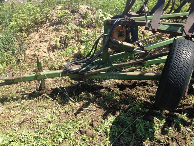 John Deere spring tooth cultivator F 100 H - Pioneer ...