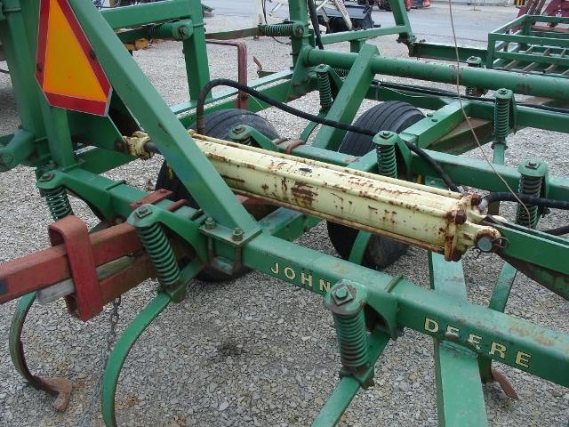 Photos of John Deere 1000 Field Cultivator For Sale ...