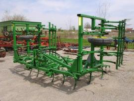 Cost to Ship - John Deere 1100 Field Cultivator - from ...