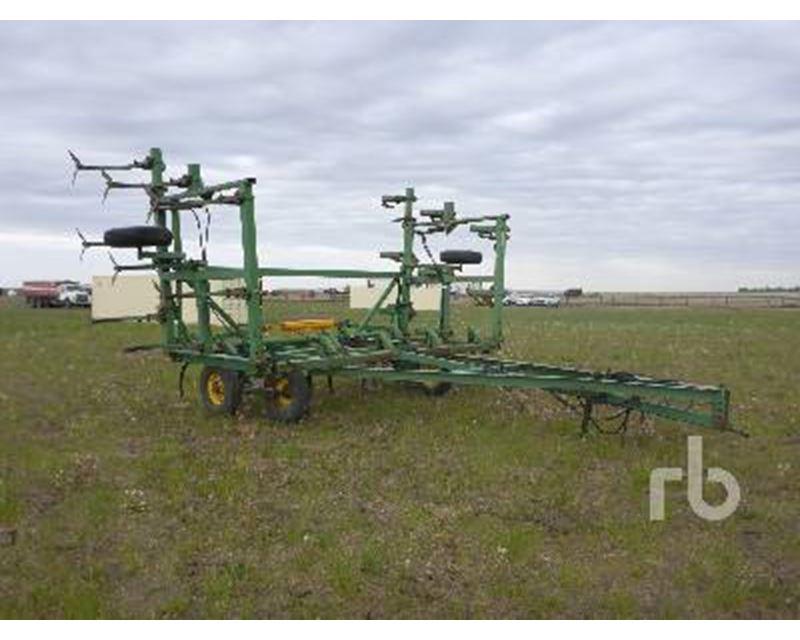 1975 John Deere 1600 Cultivator For Sale - Rouleau, SK ...