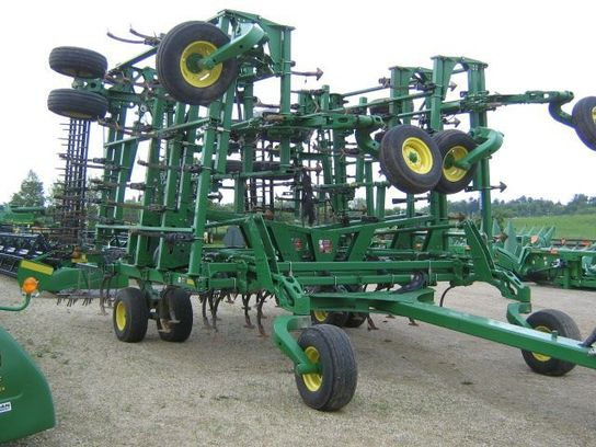 John Deere 2210 50' Field Cultivators for Sale | [18782]