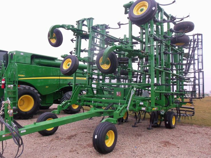 John Deere 2210 field cultivator | John Deere equipment ...