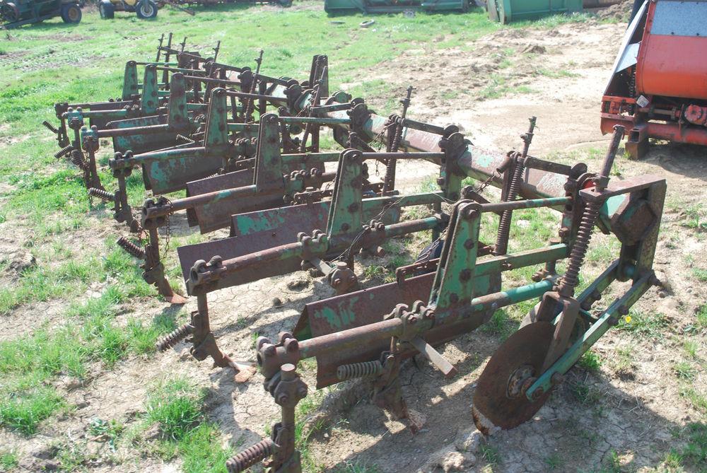 John Deere Row Crop Cultivator 6 Row Good Shovels 3 Point ...