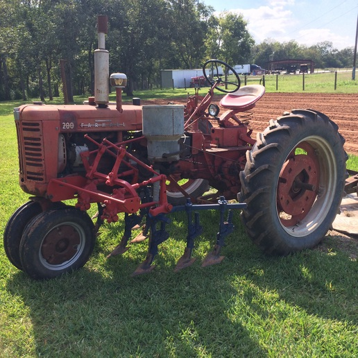 Front mount or rear mount cultivator? - Yesterday's Tractors
