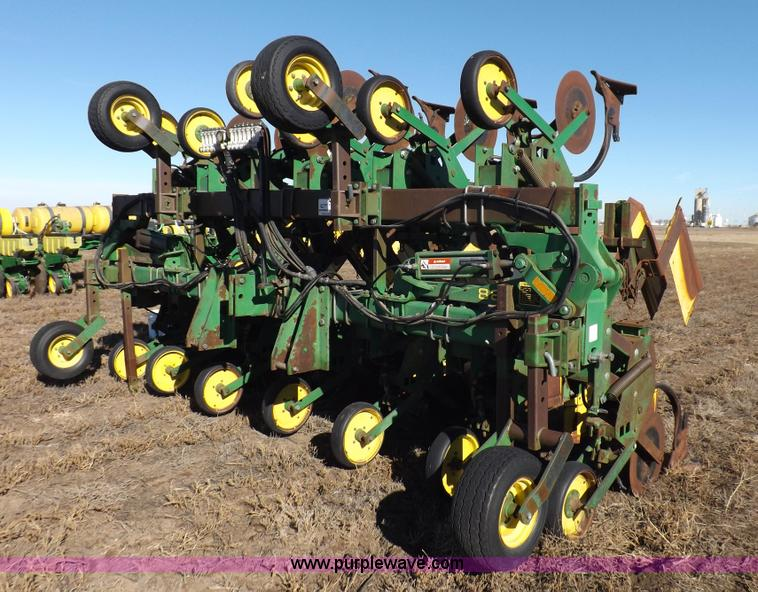 John Deere 885 cultivator | no-reserve auction on ...