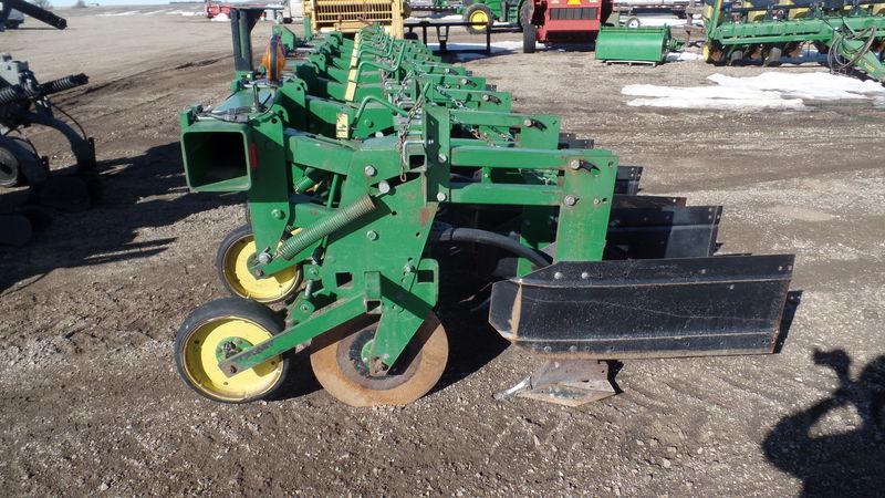 John Deere 886 Row Crop Cultivator #4561 JONES MACHINERY ...