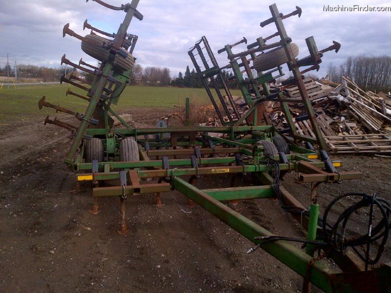 John Deere 960 Field Cultivator Tillage - John Deere ...