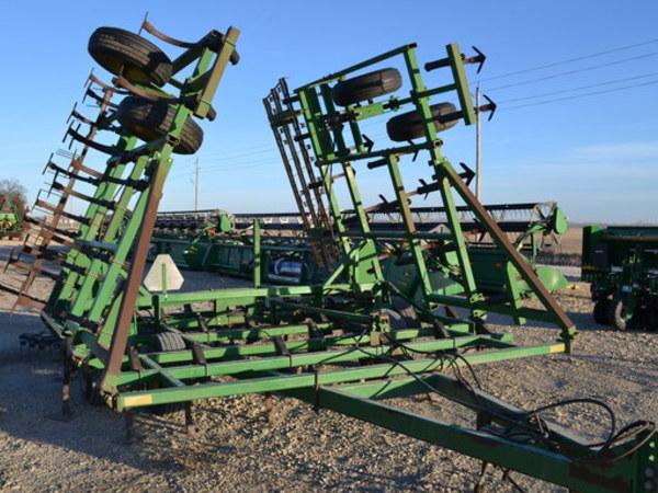 1991 John Deere 960 Field Cultivator - Abilene, KS ...