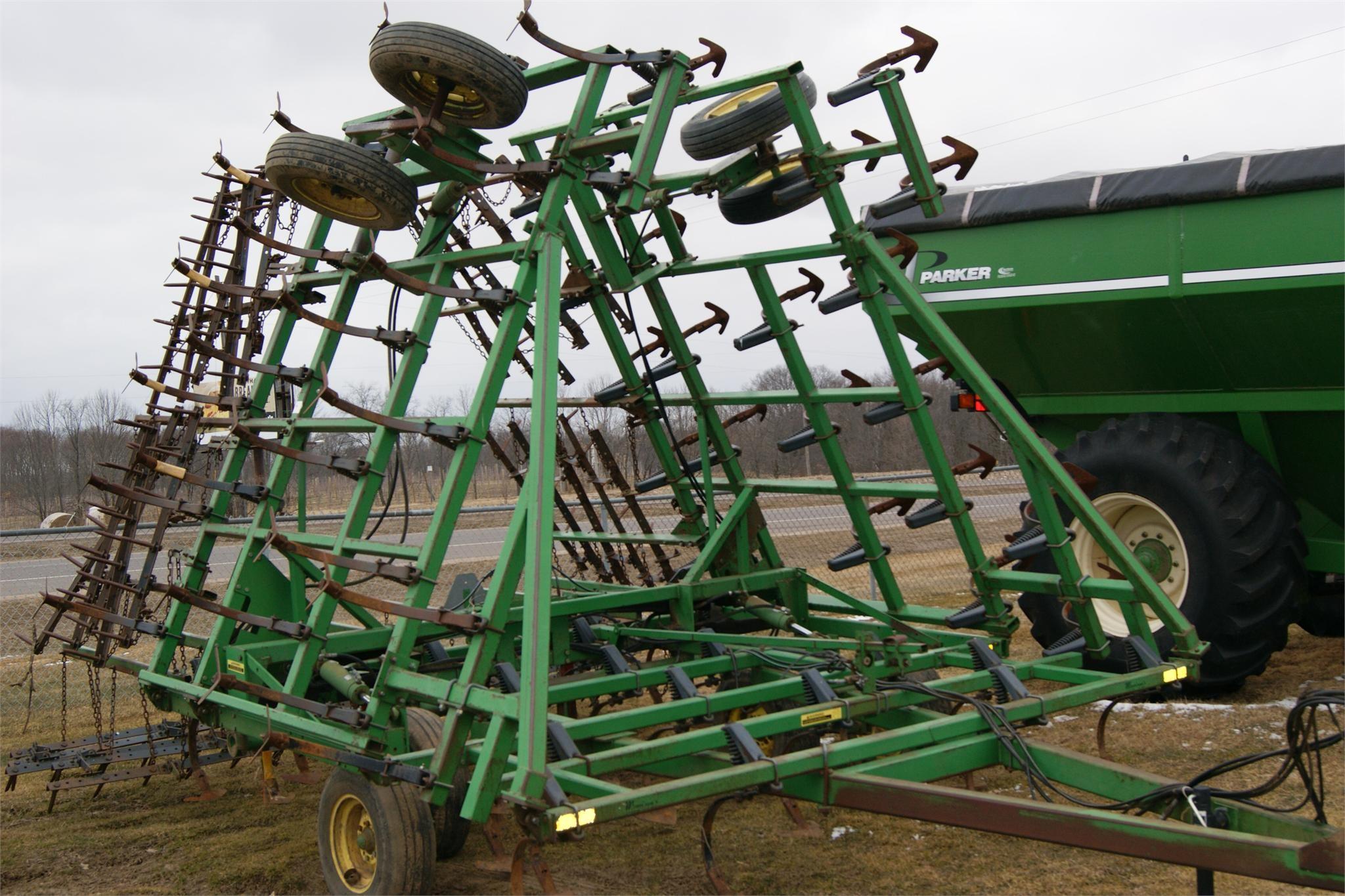 Wisconsin Ag Connection - JOHN DEERE 960 Field Cultivators ...