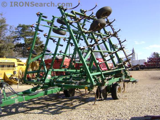 John Deere 980 Field Cultivator | IRON Search
