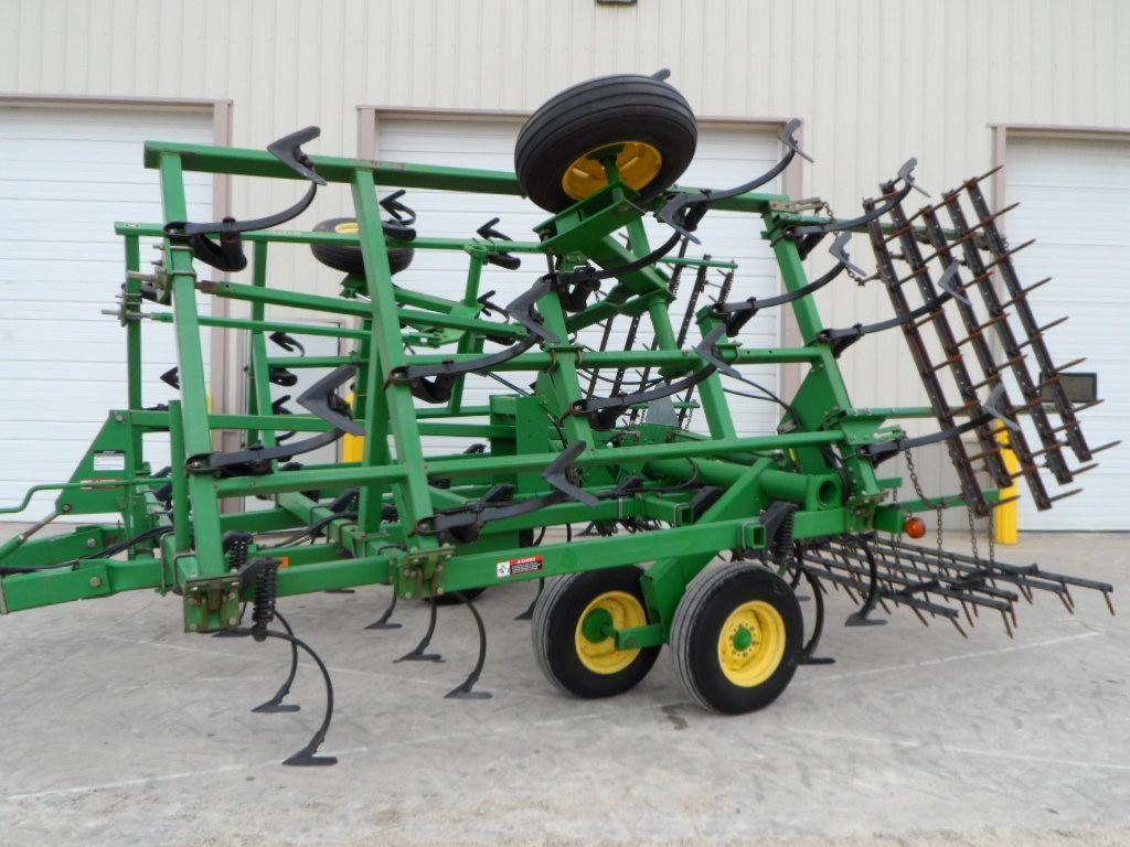 Wisconsin Ag Connection - JOHN DEERE 980 Field Cultivators ...