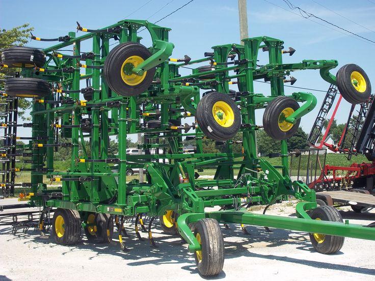 John Deere 2210 field cultivator | Tri Green Tractor in ...