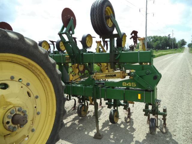 JOHN DEERE 845 Tillage Equipment - Row Crop Cultivators ...