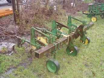 Used Farm Tractors for Sale: John Deere 2-Row Cultivators ...