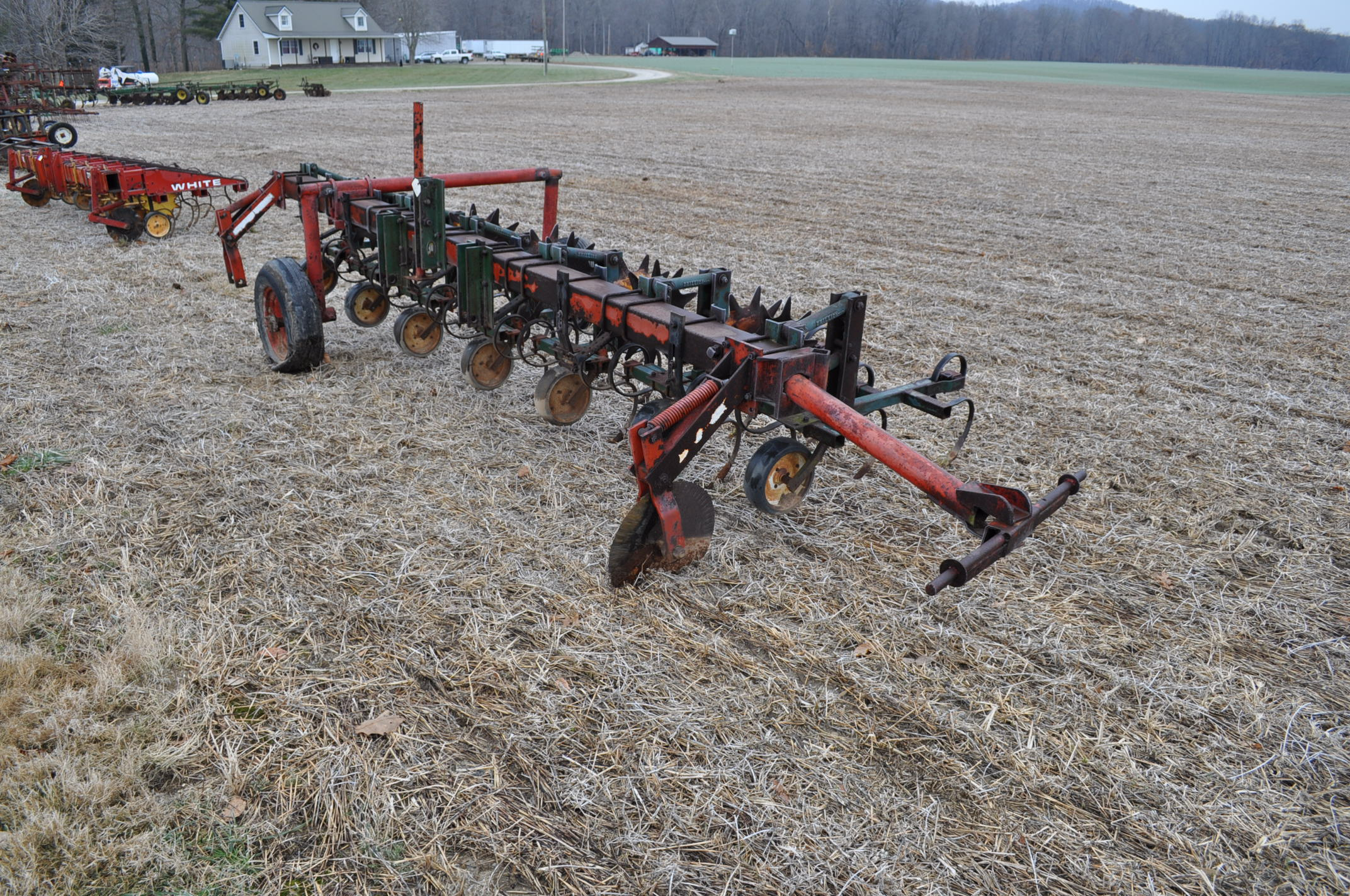 6 row Brillion row crop cultivator, 3 point, end transport ...
