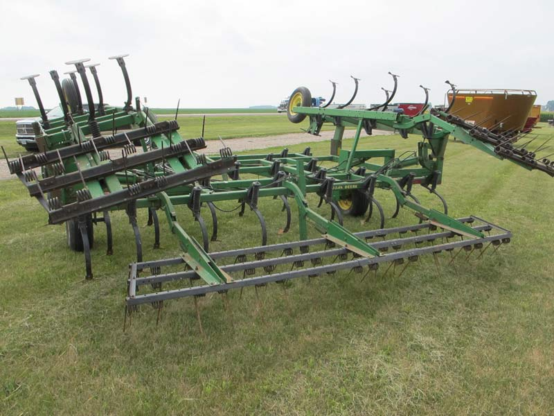 John Deere 960 Field Cultivator | Miscellaneous Farm ...