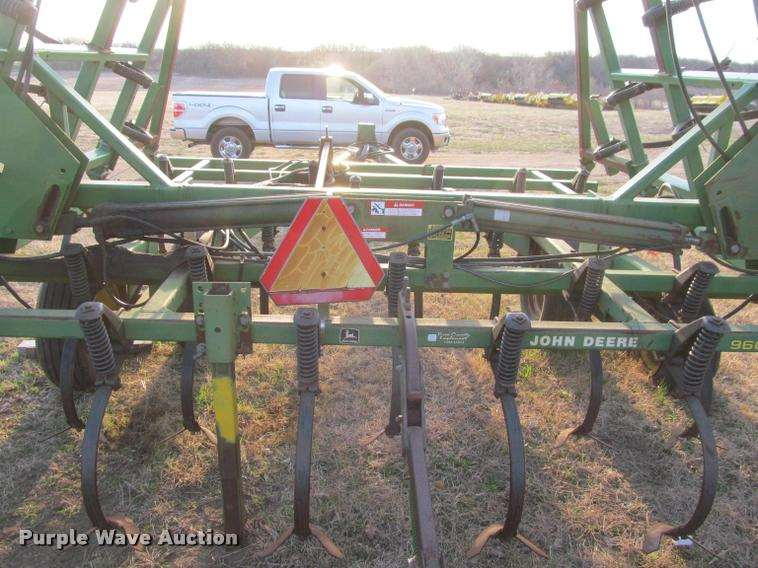 John Deere 960 field cultivator For Sale | Ellsworth, KS ...