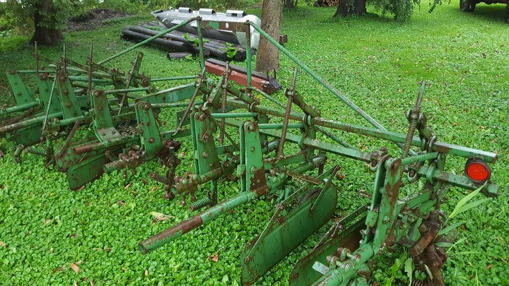 John Deere Front Mount Cultivator - Implement Alley Forum ...