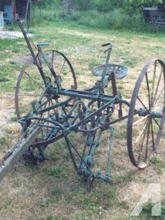 Antique John Deere Cultivator, Horse Drawn - (Alexandria ...