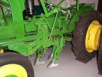 1941 John Deere Model L Tractor - L10 Series Cultivator ...