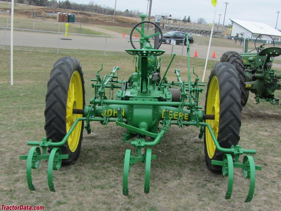 TractorData.com John Deere B tractor photos information
