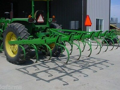 John Deere 12 field cultivator, mounted 3 point - New and ...