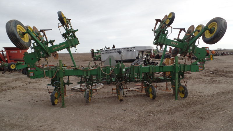 John Deere 886 Row Crop Cultivator #4575 JONES MACHINERY ...