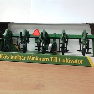 John Deere 856 Toolbar Minimum Till Cultivator | Down On ...