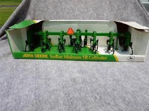 1 16 Ertl John Deere Farm Toy Tractor Toolbar Minimum Till ...