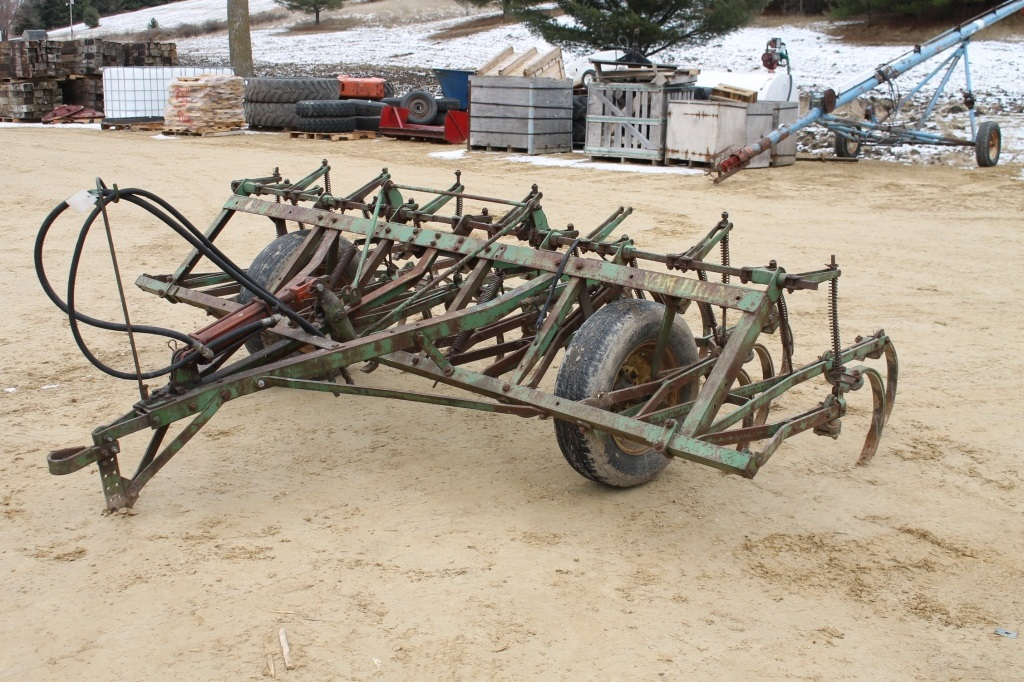 APRIL 21ST SPENCER SALES DOWNING WI SPRING EQUIP AUCTION ...