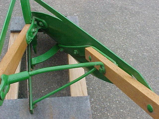 #236 – John Deere Walking Plow | Minneapolis Moline