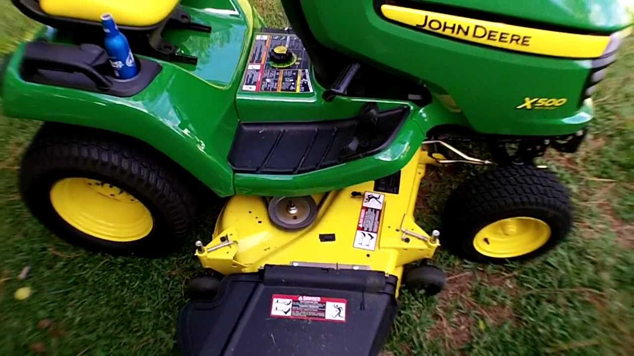 John Deere X500 Walk Around - YouTube